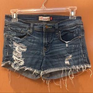 Eunina distressed/frayed blue denim shorts Size S